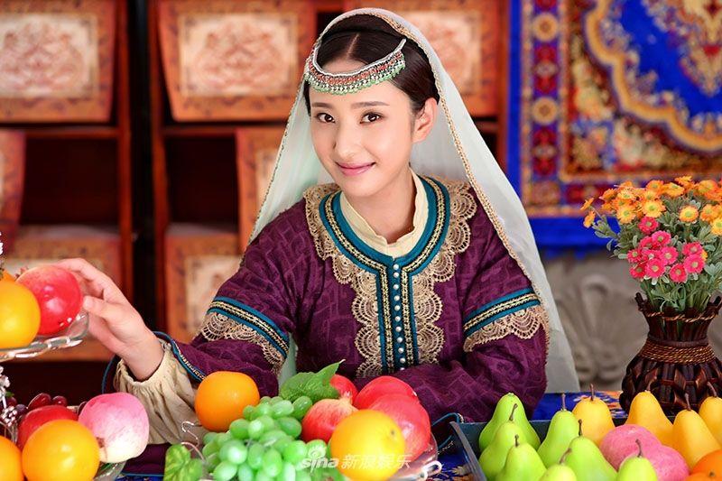 春杏扮演者:许芳铱许芳铱简介:许芳铱,中国内地女演员,模特,出生北京