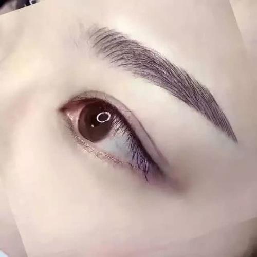 半尾眼线的画法步骤图