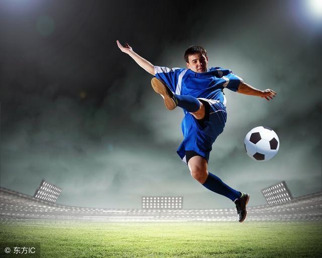 昆明少儿足球训练日志(三)通过横向跑动创造空间