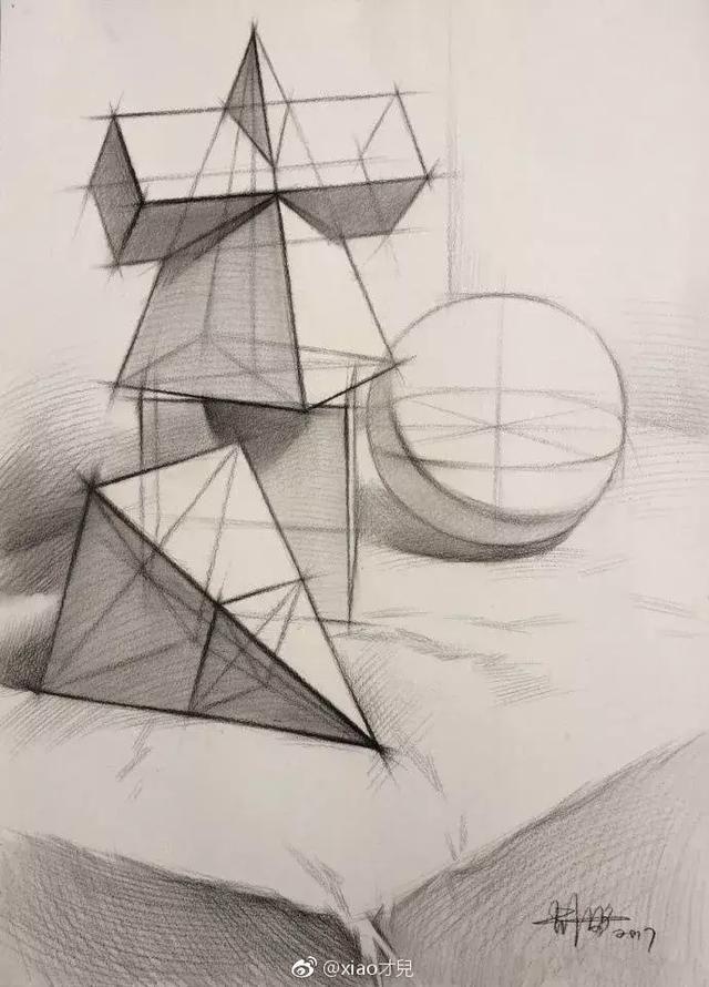 画素描先从几何体开始 画石膏几何体是个烦躁过程,但若想把素描画的