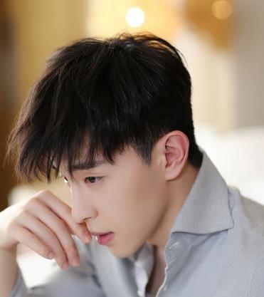 姜丹尼尔恋爱后入选全球权威百张面孔亚太区榜单
