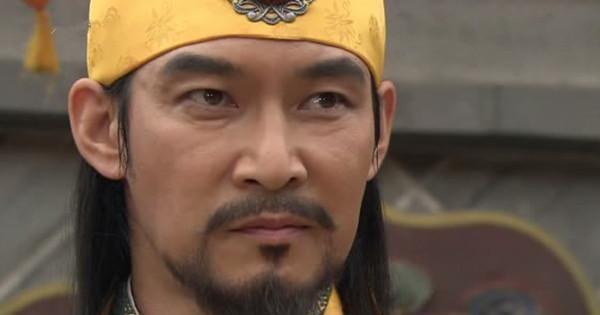 这对夫妻是一代中兴之主,打得宋太宗落荒而逃,令杨家将恨之入骨