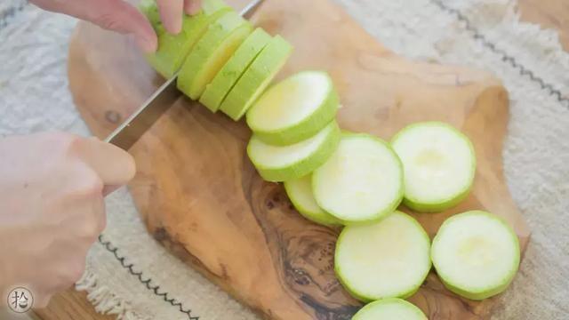 这夏季蔬菜的美食,想做得简单又常见就得立花美味07刑警图片