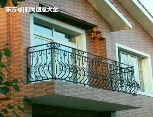 阳台栏杆是用水泥花岗岩还是木材好?看完这里你会立马就明白