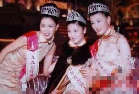 2018港姐三甲一如既往的丑!跟李嘉欣袁咏仪相