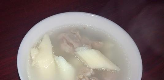 七八月,每周给孩子喝3次这汤,改善脾胃,孩子长得高,不闹病!