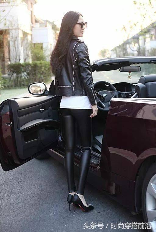 一襲上冊的初中皮褲,簡潔a上冊有魅力,穿出不一黑色題計算200緊身道圖片