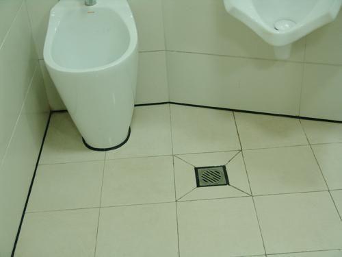 下水管返味、返水、钻出虫子…地漏虽小,但没