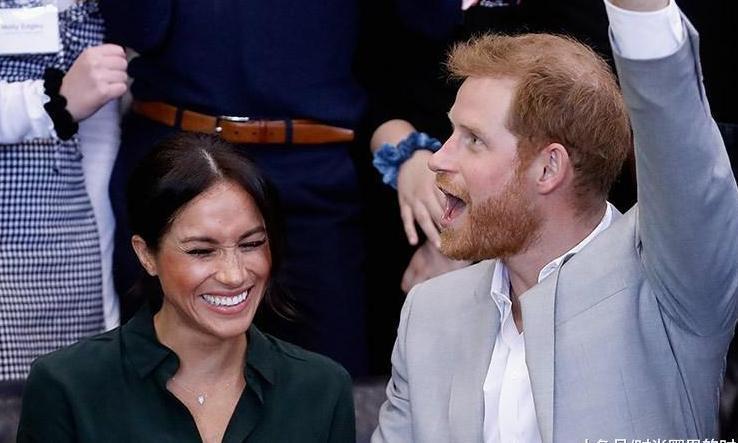 365女性网 哈里王子妻子怀孕了!优雅着装很凯特王妃,气质不输外国王妃!