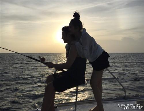 李荣浩成功求婚杨丞琳,来数数这些年吃过的糖