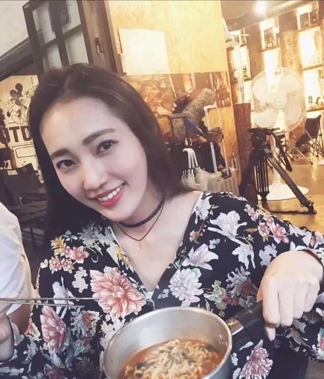 用吉吉看李宗瑞性侵视频全集_余文乐的未婚妻居然是李宗瑞视频中的女主角 以前叫王