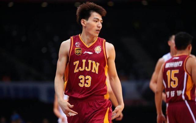 首次入选国家队就在亚洲杯打首发中国男篮得分后卫后继有人