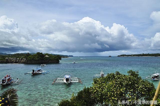 消费旅游 正文   长滩岛的白色沙滩被分为s1,s2,s3三个区域,三个区域