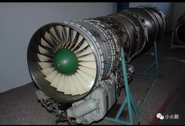 图曼斯基设计局的r-11涡喷发动机是苏联首款轴流式双转子涡喷发动机图片