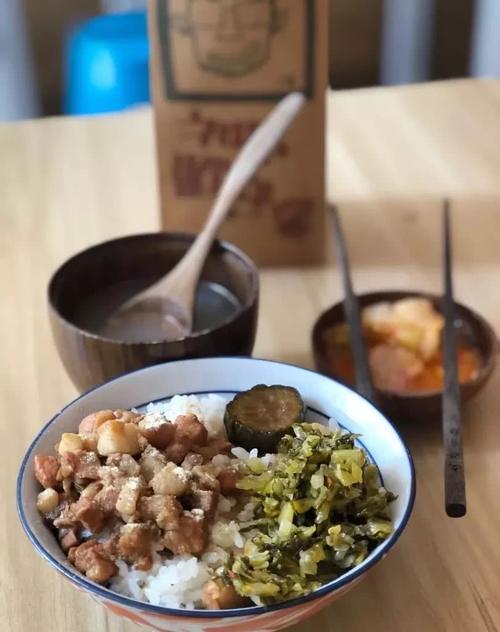 甘梅地瓜 盐酥鸡 二宝饭 花枝丸 连外卖都如此可爱 排版:土豆 文字