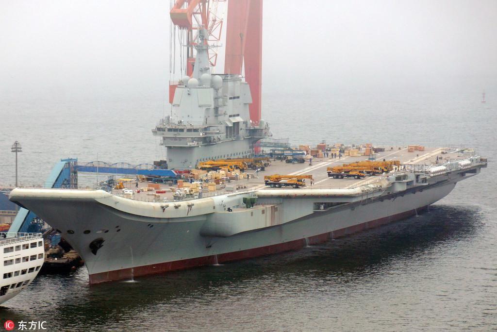 国产航母_中国首艘国产航母今日或海试 多艘拖船已集结就位