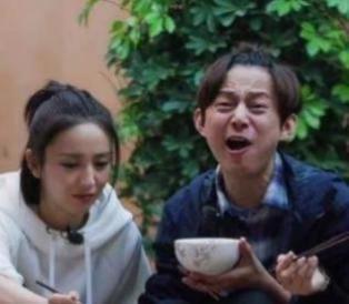 """黄磊做饭把何炅""""好吃到哭""""是真的吗?谢娜节目中意外说露嘴"""