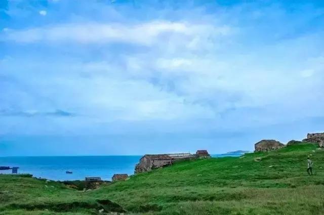 国内 正文  东甲岛位于福建省平潭县,是真正的荒岛.荒到什么程度呢?