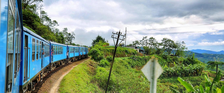 旅行中在火车上遇到过哪些刺激的事?还记得以前的绿皮火车吗