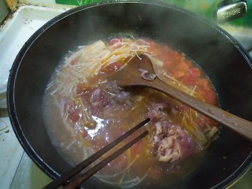 【晚餐亚麻】肥牛籽茄汁菜谱的做法,亚麻籽茄生日会家常菜图片