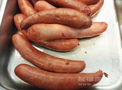 转载:南通口岸首次从外籍船员行李中截获肉类制品