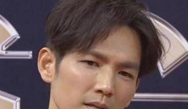 高清镜头下男星:吴亦凡勉强凑合,胡歌老10岁,蔡徐坤让人意外