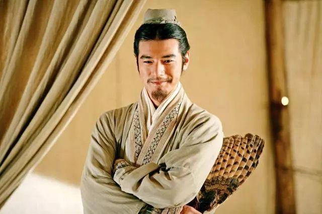 诸葛亮去世后,为何刘禅秘密派人清查他的家产?其实二人早有大仇