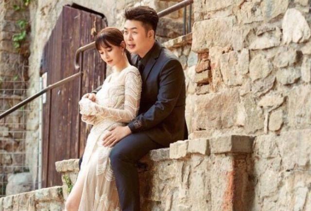 """<b>原觉得张若昀婚纱照够帅气,看完杜海涛后,才明白啥是""""超越""""</b>"""