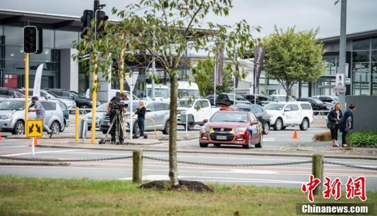 新西兰警方继续调查清真寺枪击事件 各地加强安保