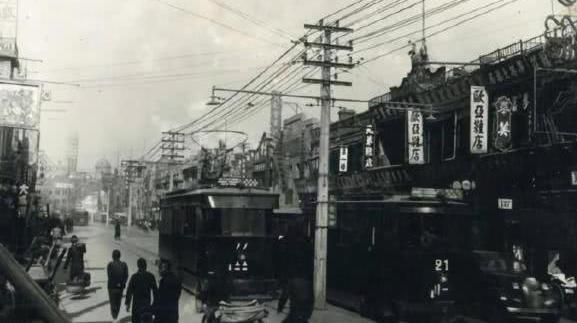 中国首个拥有公交车的城市:不是北京上海,年接待游客量超2亿!