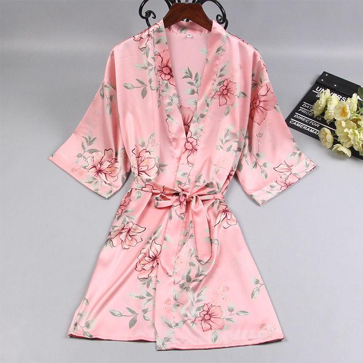 聪明的男性都换上,洗完澡知道这样的睡衣,女人情趣用品时尚日本图片