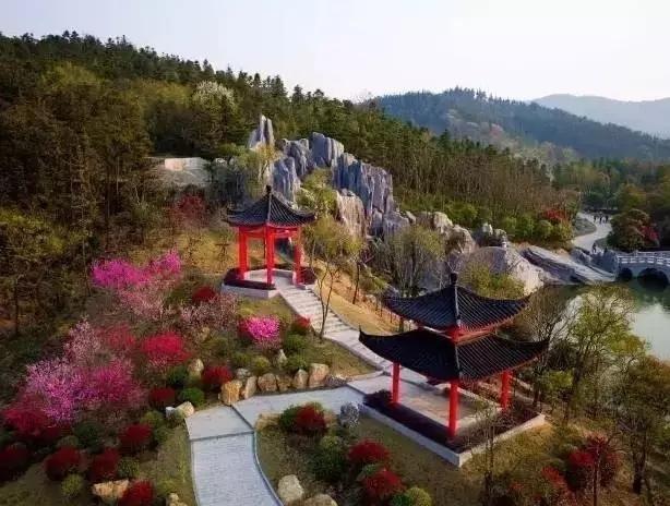 因周六南京大雨,银杏湖女神季之童话王国真人秀活动延期举行!