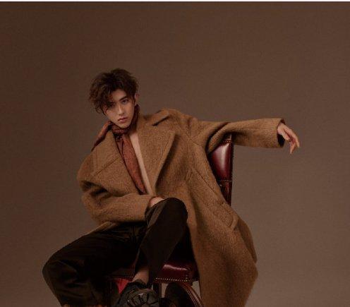 蔡徐坤新杂志照,时尚表现力十足,看到第四张,彻底爱了