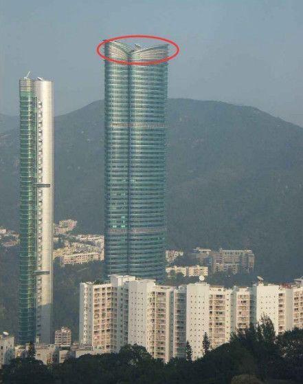 李嘉欣的豪宅位于香港司徒拔道的晓庐的顶层.
