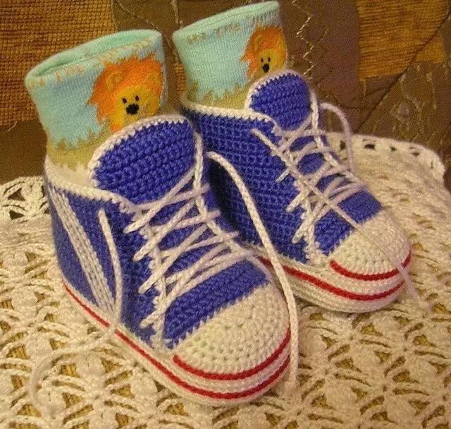 钩针编织最潮婴儿运动鞋,给你家宝贝钩一双吧