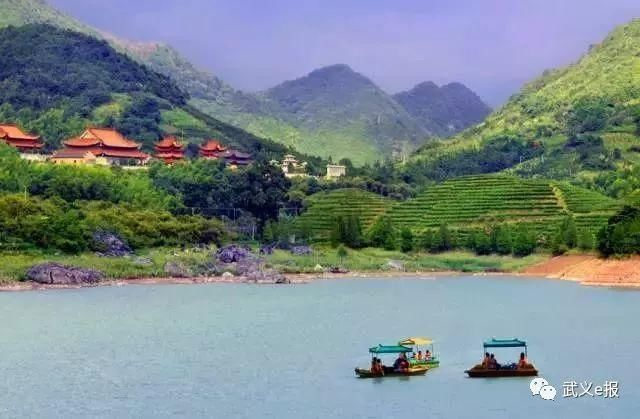 国家aaaa级旅游区,是一处以山岳森林为背景,地下悬河,岩溶景观,道教