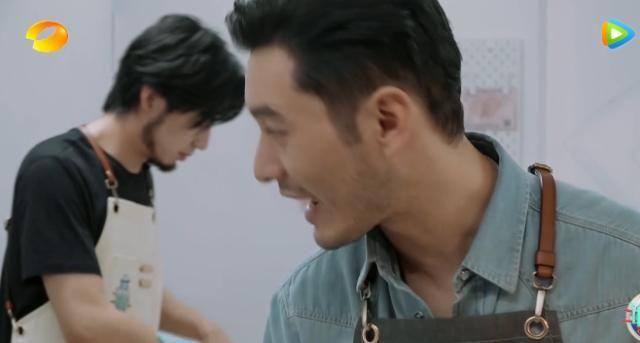大厨的菜被投诉,黄晓明判断失误,王俊凯明察秋毫,很给店长面子