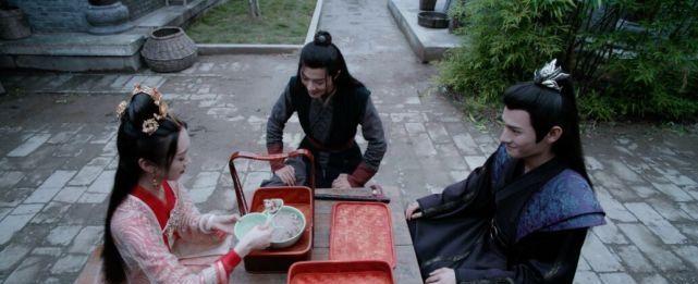 两人仅相差四岁,却在《陈情令》中饰演最帅父子,还毫无违和感