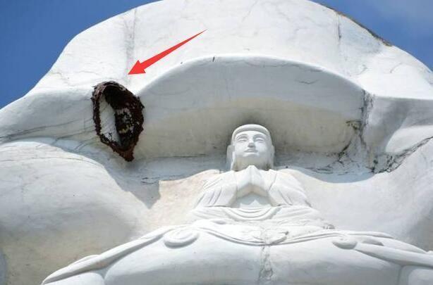 梦见了观音菩萨头顶上的红色光环预示观音菩萨显灵,福光佑你,你近期有