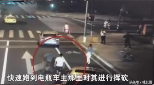 昆山宝马司机行凶不成反被杀:网友迅速画出了