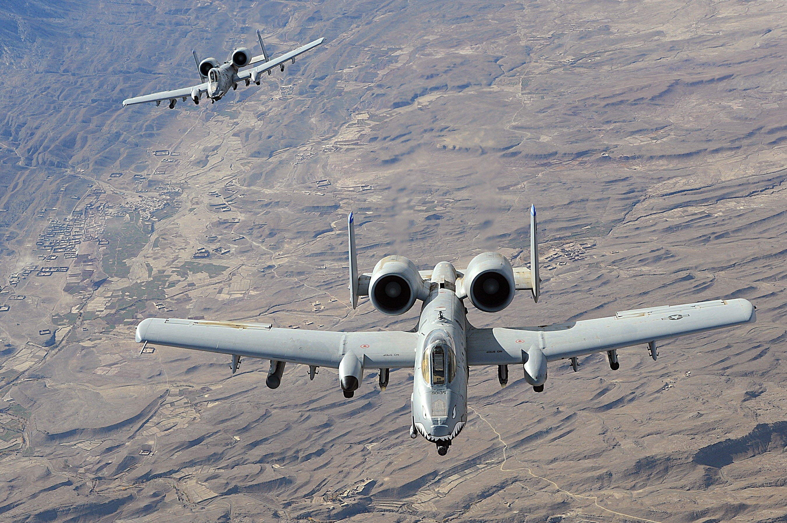 A-10攻击机,外形丑陋火力强大,被称作疣猪