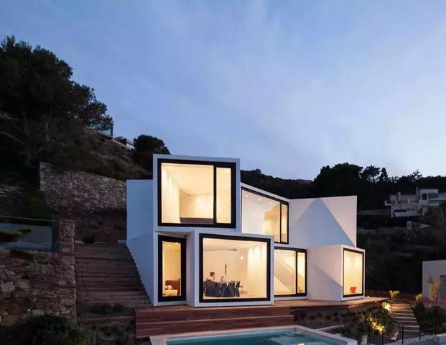 房產 正文  比 別墅還美的鄉下房子,你猜是什么模樣?