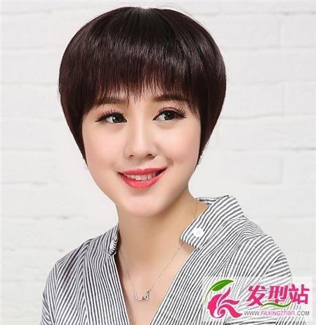 40-50岁妈妈女士发型短发图片时尚总烫发头发会变软吗图片