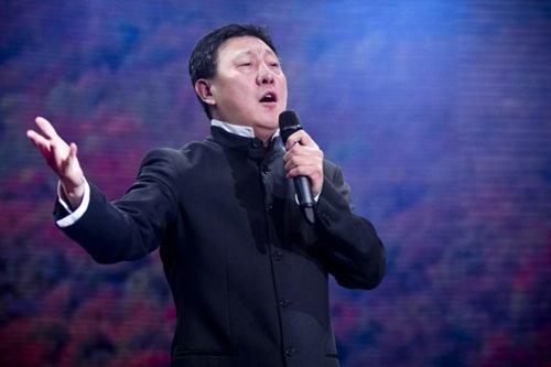 空军蓝天幼儿园 3,相声《我爱诗词》 表演:冯巩,贾旭明,曹随风,侯林林图片