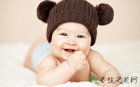 一个月婴儿奶量是多少