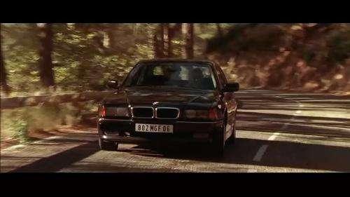 2005年《非常人贩2》,杰森·斯坦森的座驾是奥迪a8 w12.图片