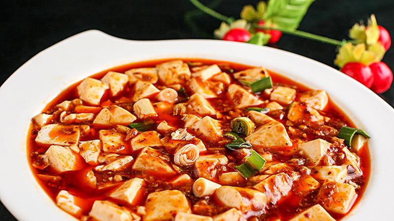 情侣去重庆旅游, 必点的4道网红川菜, 不来尝尝真是算白跑了一趟