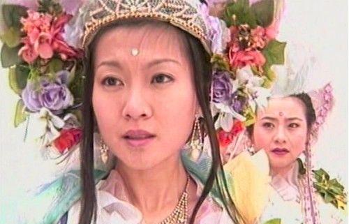 三位扮演过百花仙子的女星,叶伊娜清雅、王婧娈浪漫、叶子菁梦幻