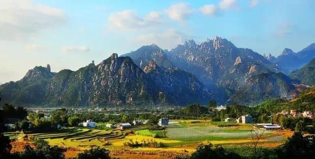 森林公园 2012年被评为国家aaa级旅游景区~ 九侯山不但有其秀丽的自然