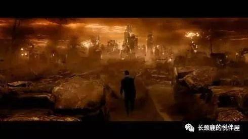 地狱神探壁纸_游走于地狱,人间和天堂之间的神秘术士--《地狱神探》